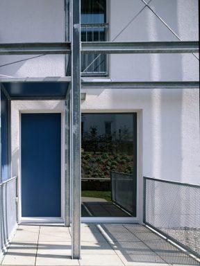 Terrasse blau